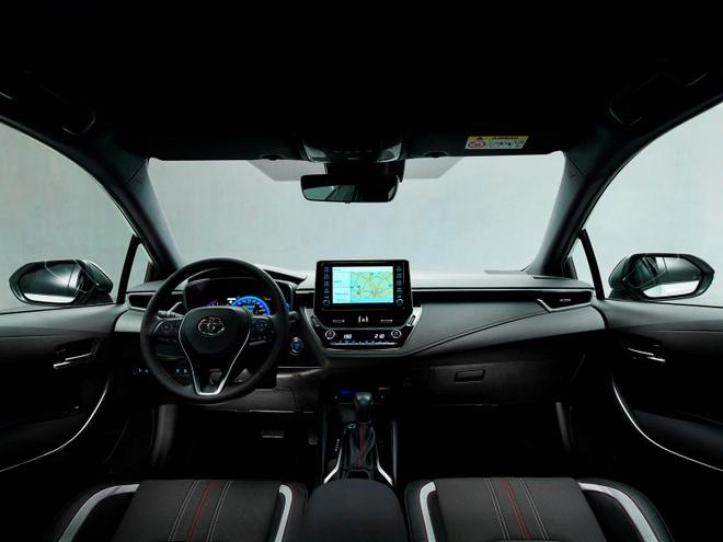 Toyota Corolla Sedan 2020 them goi trang bi the thao anh 7