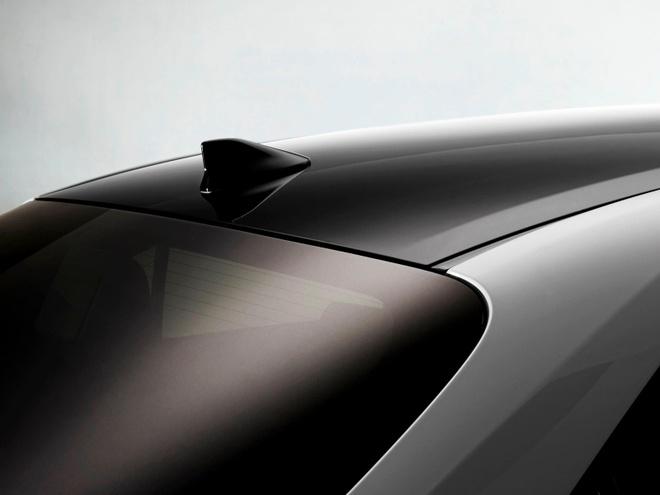 Toyota Corolla Sedan 2020 them goi trang bi the thao anh 6
