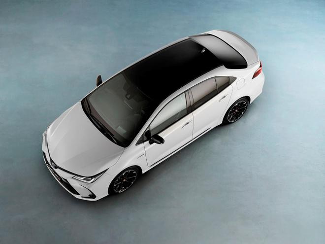 Toyota Corolla Sedan 2020 them goi trang bi the thao anh 5
