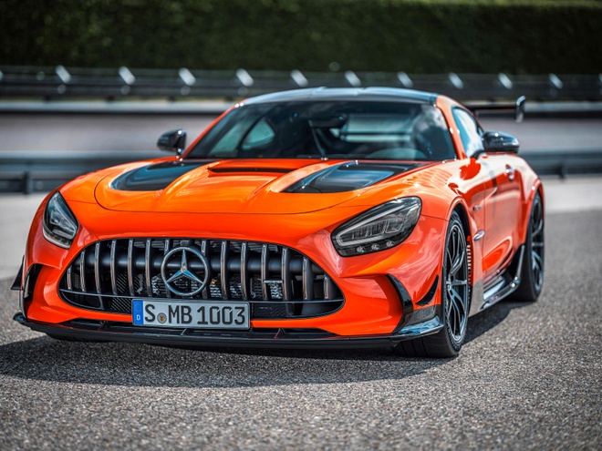 gia ban Mercedes-AMG GT Black Series anh 3