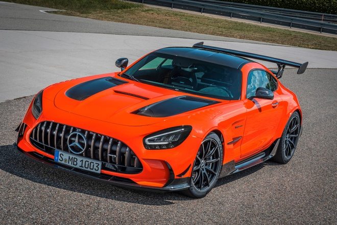 gia ban Mercedes-AMG GT Black Series anh 5
