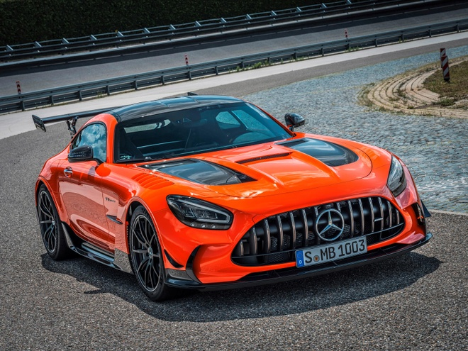 gia ban Mercedes-AMG GT Black Series anh 4