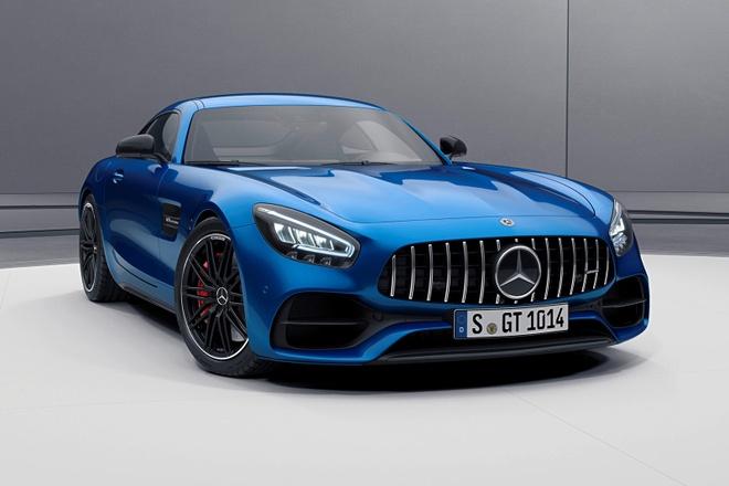ban nang cap Mercedes-AMG GT 2021 ra mat anh 1