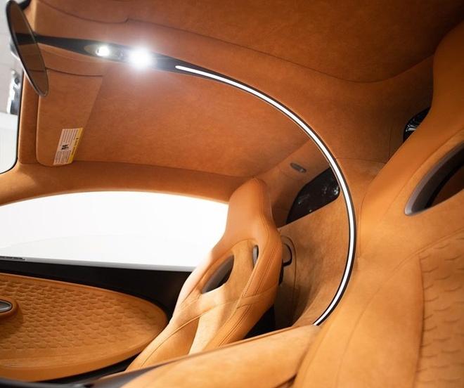 sieu xe Bugatti Divo dau tien toi My anh 5