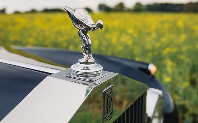 Rolls-Royce chay dien gia tu 463.000 USD anh 8