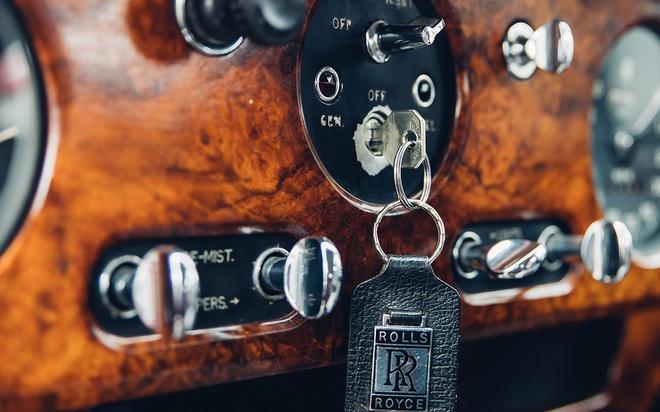 Rolls-Royce chay dien gia tu 463.000 USD anh 13