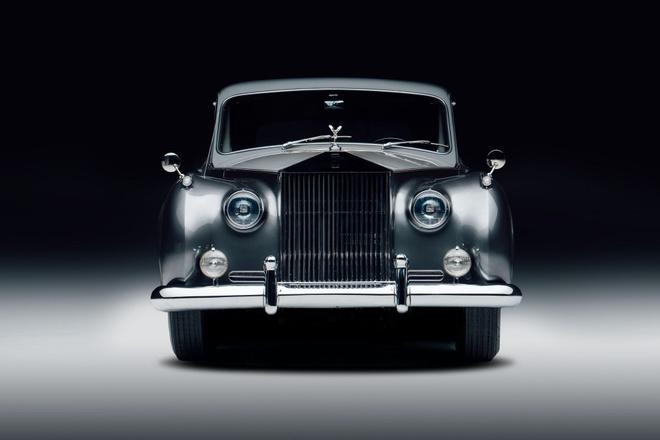 Rolls-Royce chay dien gia tu 463.000 USD anh 2