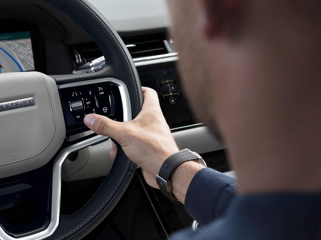 Range Rover Evoque 2021 nang cap dong co anh 7