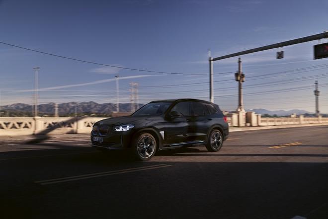 BMW iX3 2021 dat hon BMW X6 anh 5