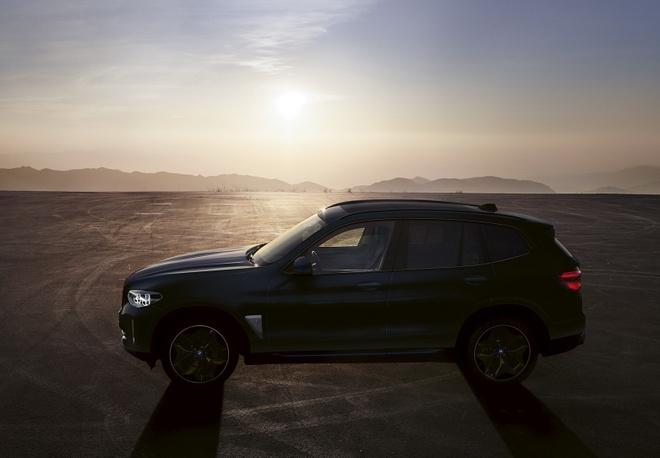 BMW iX3 2021 dat hon BMW X6 anh 4