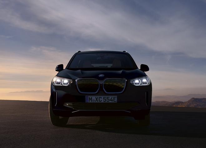 BMW iX3 2021 dat hon BMW X6 anh 1