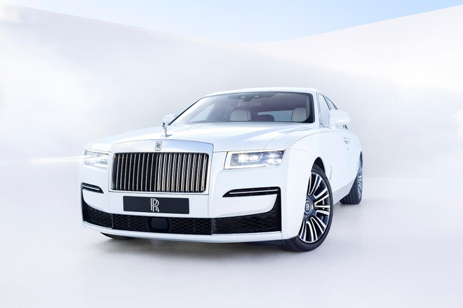 Rolls Royce uu tien sang trong hon cong nghe anh 2