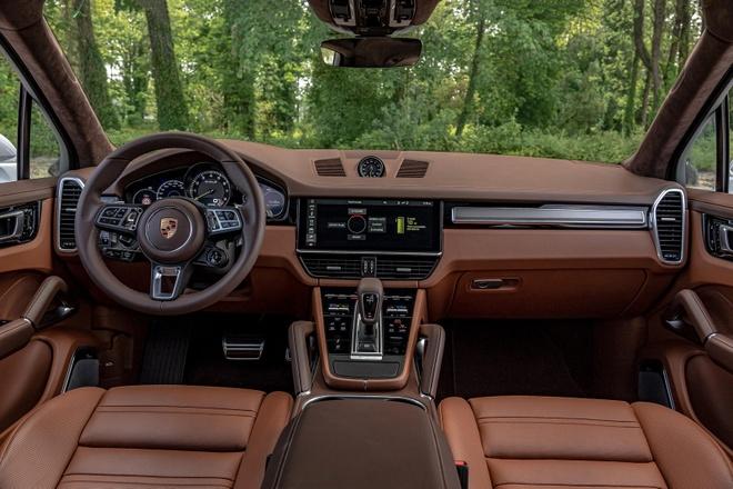 Porsche nang cap Cayenne E-Hybrid 2021 anh 7