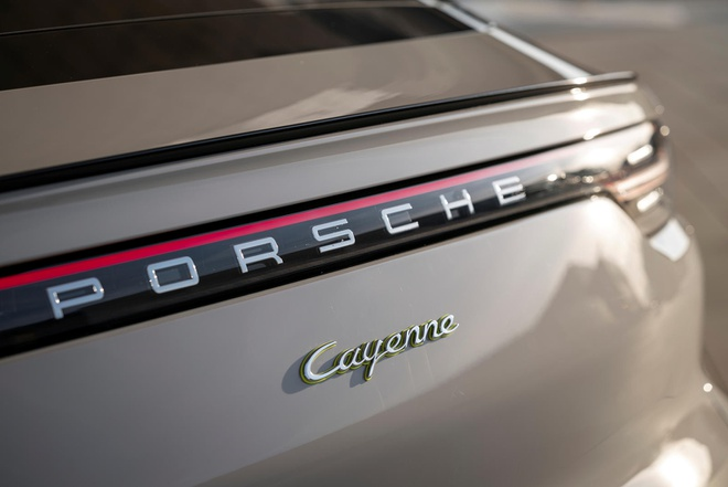 Porsche nang cap Cayenne E-Hybrid 2021 anh 5