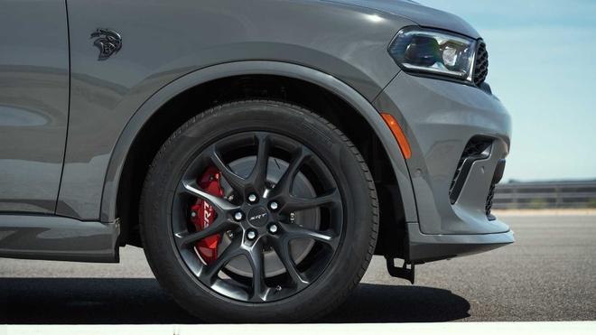 xe co bap Dodge Durango SRT Hellcat 2021 mo ban anh 17