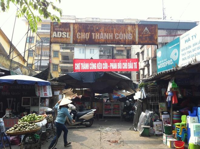 Tieu thuong cho Thanh Cong phan doi xay trung tam thuong mai hinh anh