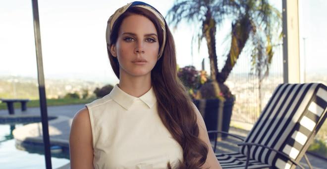 Tap tho dau tay cua Lana Dey Rey anh 2