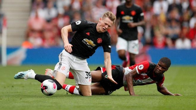 Paul Pogba - ngoi sao lam lac o Man United hinh anh 2