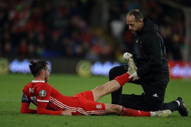 Bale co the dang trai qua chien tranh lanh voi Zidane hinh anh 1