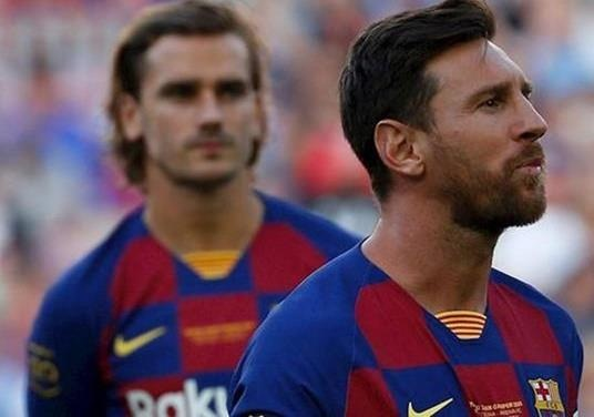 Messi bi to co lap Griezmann hinh anh 1