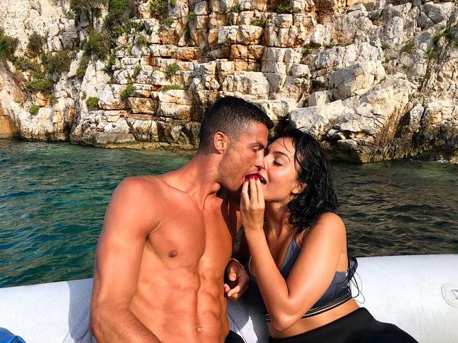 Ronaldo co the da cuoi Georgina o chau Phi hinh anh 1