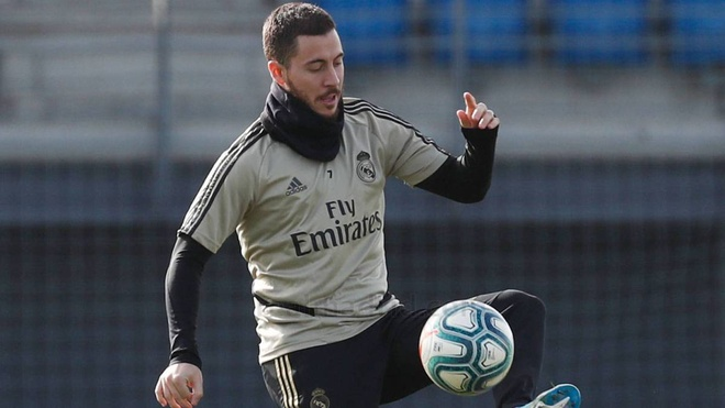 Eden Hazard tro lai tap luyen sau 3 thang hinh anh 1 hazaard_trianing.jpg