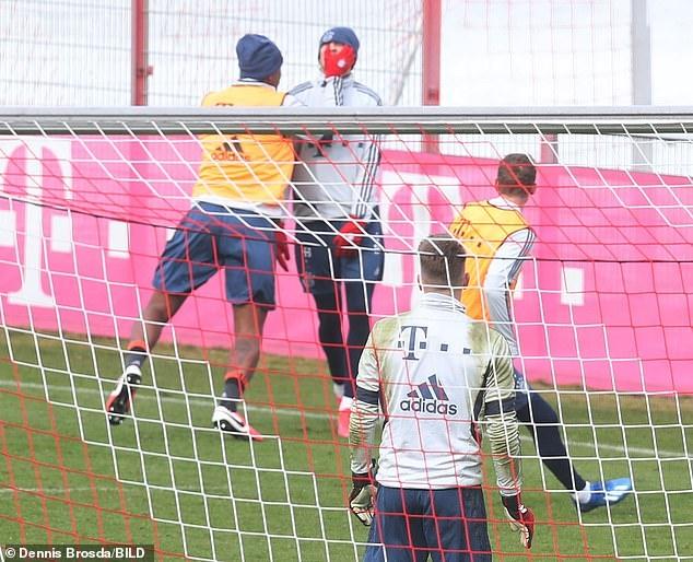 Sao Bayern danh nhau anh 1