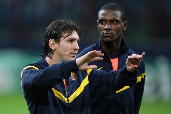 Messi muon Barca sa thai huyen thoai Abidal hinh anh 1 messiabidal.jpg