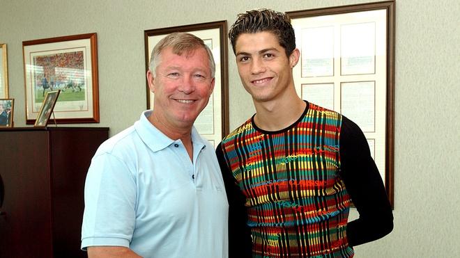 Ferguson dung cau thu MU de chieu mo Ronaldo hinh anh 1 soc_g_ferguson_ronaldo.jpg