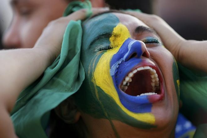 Brazil va con ngu quen cua mot sieu cuong bong da hinh anh 1 brazil_cry.jpg