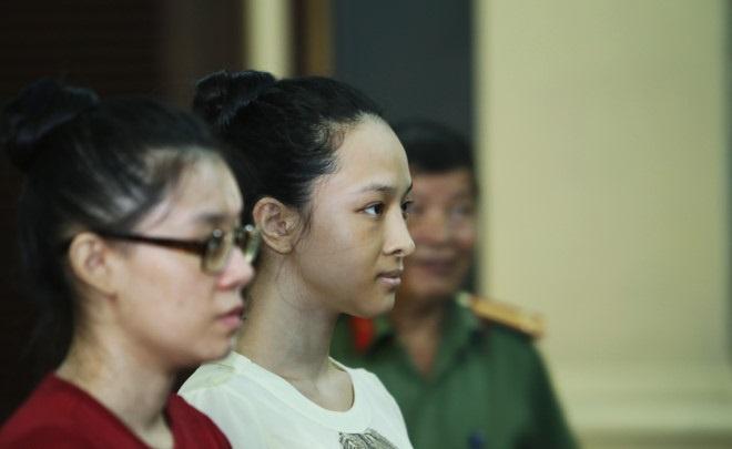 Hoa hau Phuong Nga xin giu quyen im lang trong phien xu chieu 22/6 hinh anh