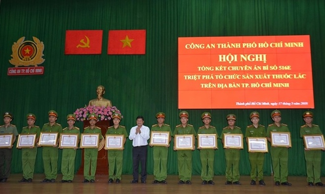 Cong an TP.HCM canh bao san xuat ma tuy quy mo cong nghiep hinh anh 1
