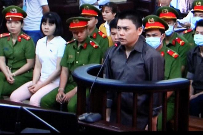 Xu phuc tham 14 bi cao vu khung bo san bay Tan Son Nhat hinh anh
