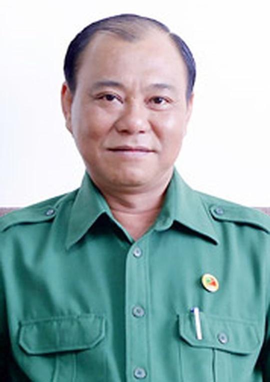 Ong Le Tan Hung bi ky luat canh cao ve mat Dang hinh anh 1