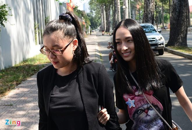 Hoa hau Phuong Nga to nguoc dai gia Cao Toan My vu khong hinh anh 3