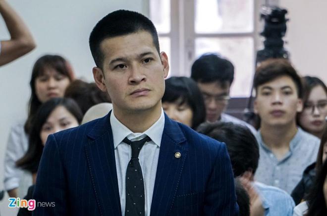 Đạo diễn Việt Tú bị kiện vì 'xâm phạm danh dự'