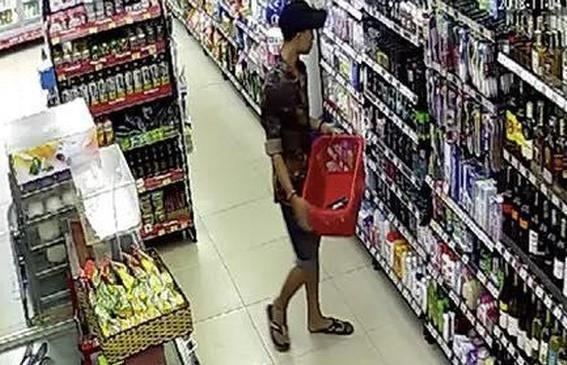 8 thiếu niên hầu tòa vì 11 lần cướp bia, bánh kẹo ở cửa hàng tiện lợi
