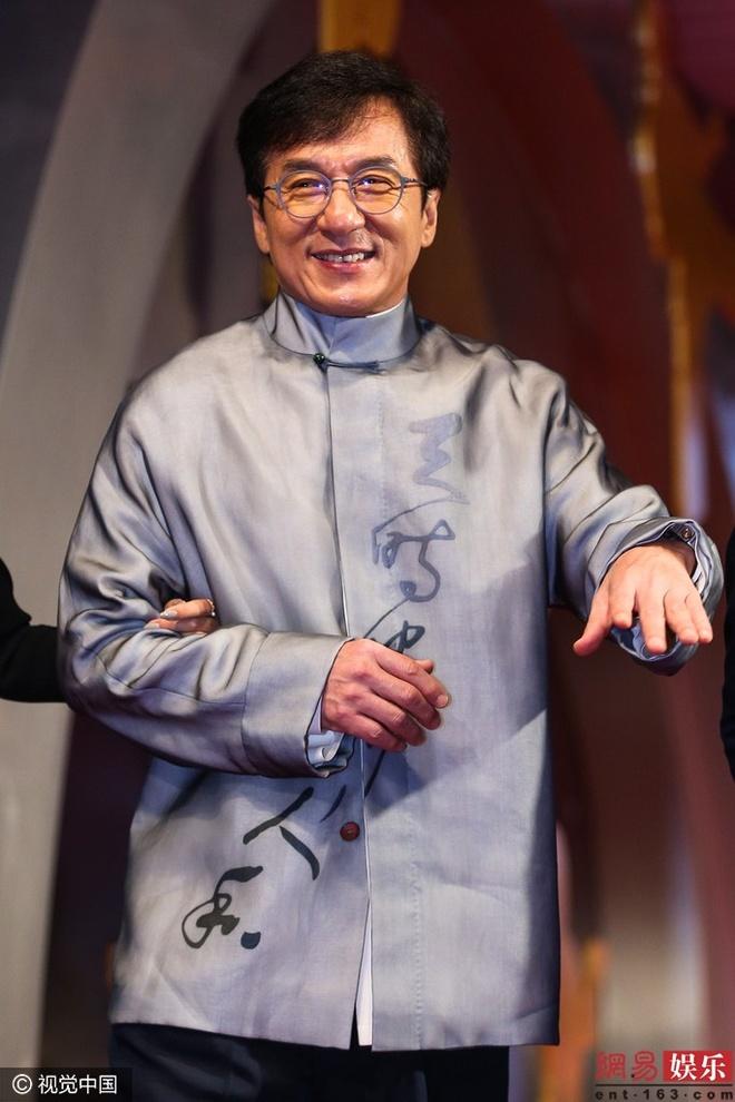 Thanh Long bao ve 'Duong Tang' sau be boi tinh ai hinh anh 1