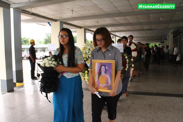 Le tang day nuoc mat cua thi sinh Hoa hau Myanmar vua dot tu hinh anh 8