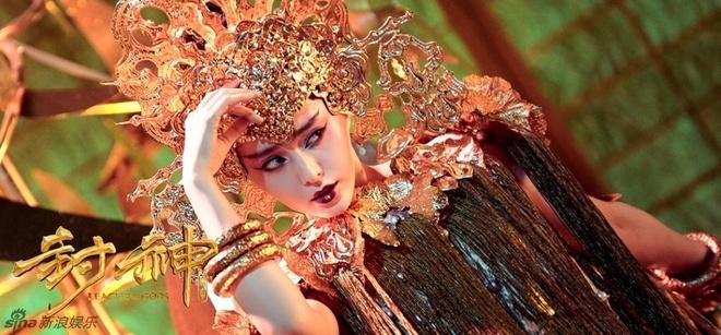 Pham Bang Bang ho bao trong phim co trang hinh anh 4