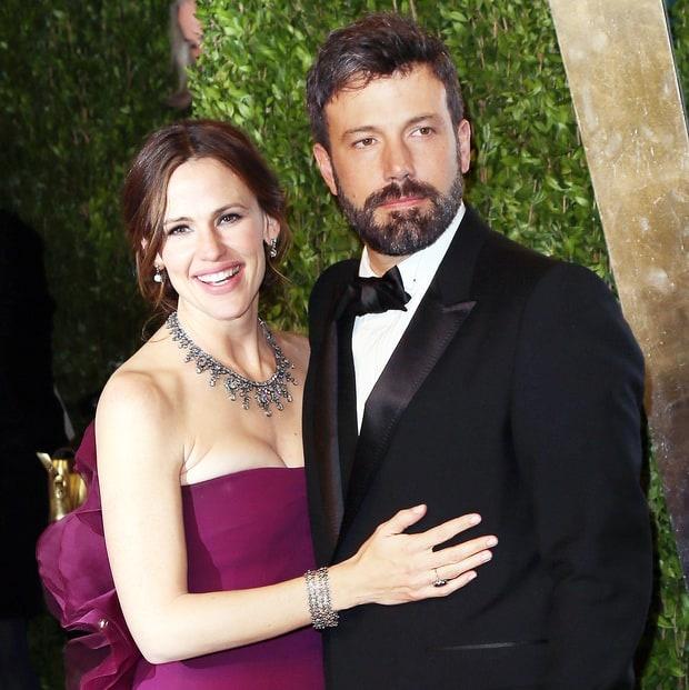 Jennifer Garner va Ben Affleck niu keo hon nhan hinh anh 1