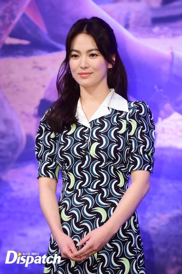 Song Hye Kyo gia di vi chon sai vay hinh anh 5