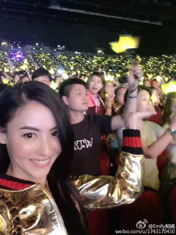 Sao Hong Kong cung cuong voi live show cua Big Bang hinh anh 6