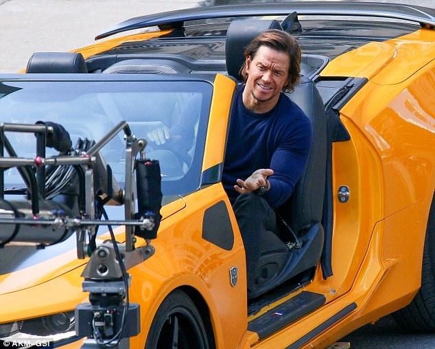 Nhung canh va cham sieu xe tren phim truong 'Transformers 5' hinh anh 1
