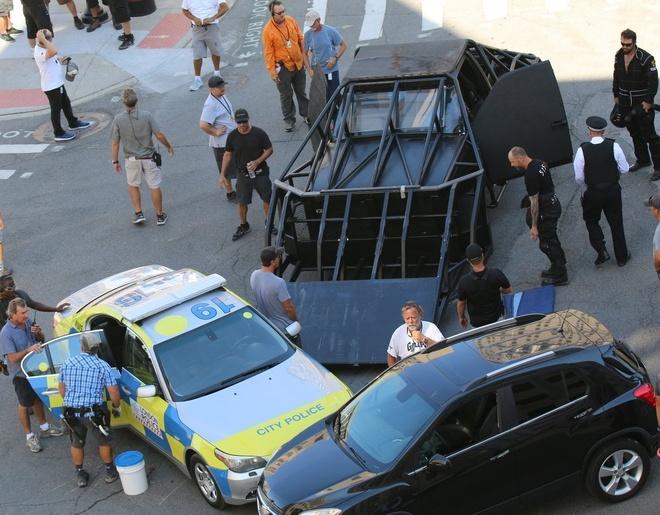 Nhung canh va cham sieu xe tren phim truong 'Transformers 5' hinh anh 5