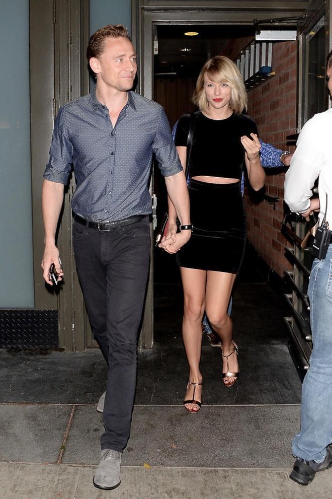 'Loki' va Taylor Swift tay trong tay sau nghi van ran nut hinh anh 1