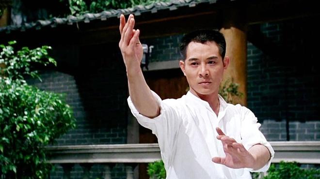 Thanh Long bat ngo vuot mat Ly Tieu Long, Ly Lien Kiet hinh anh 4