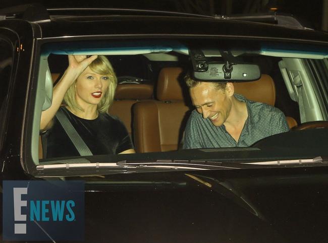 'Loki' va Taylor Swift tay trong tay sau nghi van ran nut hinh anh 7