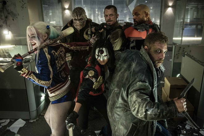 Fan DC noi gian truoc nhung loi chi trich 'Suicide Squad' hinh anh 1