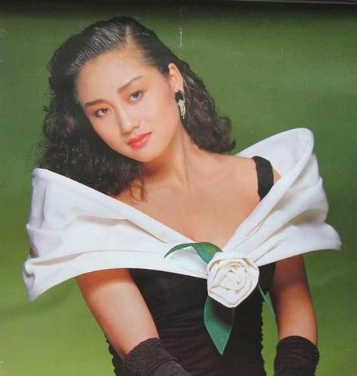 Giai nhan khien Ly Lien Kiet bo vo con, Thanh Long me man hinh anh 3